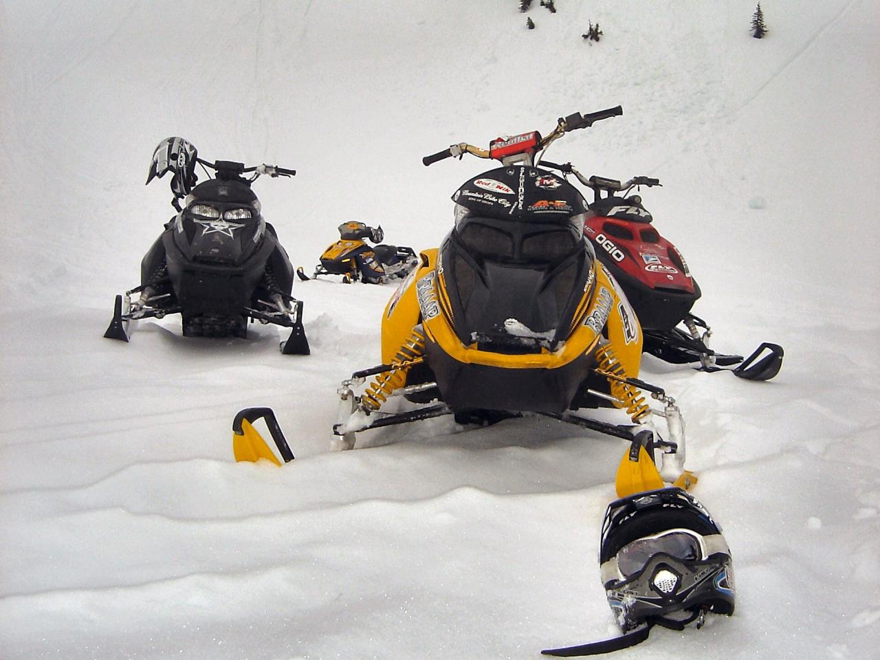 snowmobile rental tour