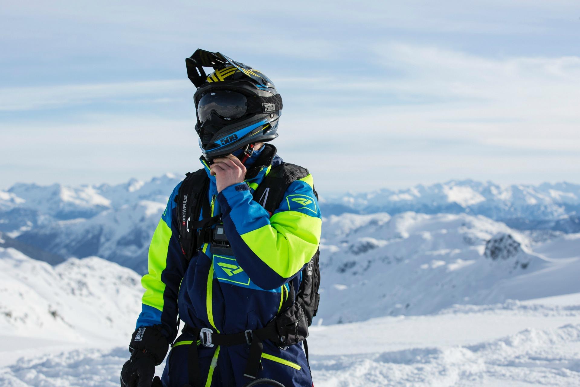 snowmobile helmet styles